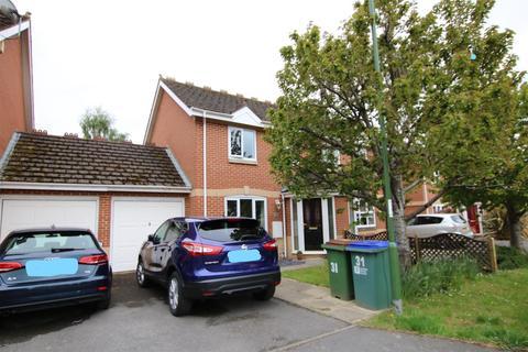 3 bedroom semi-detached house to rent - Primrose Copse, Horsham