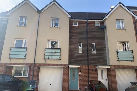 3 bedroom townhouse for sale - Leyland Road, Dunstable