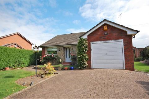 3 bedroom detached bungalow for sale - Manor Avenue, Crewe