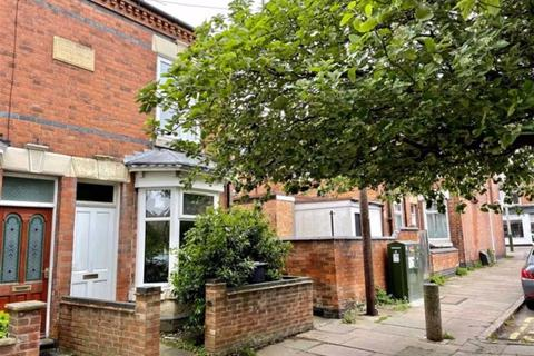 3 bedroom terraced house to rent - St Leonards Road, Clarendon Park, Leicester
