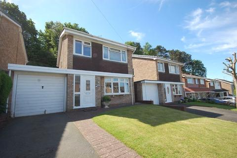 3 bedroom detached house to rent - 23, Redcliffe Drive, Wombourne, Wolverhampton, WV5