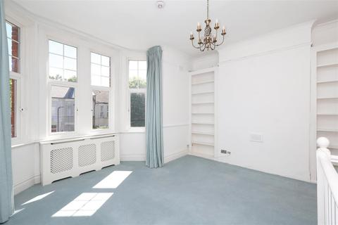 2 bedroom flat to rent - Cranwich Road, London