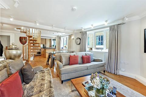 4 bedroom apartment to rent - Strath Terrace, London, SW11