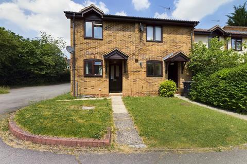 2 bedroom end of terrace house for sale - The Woodlands, Chineham, Basingstoke