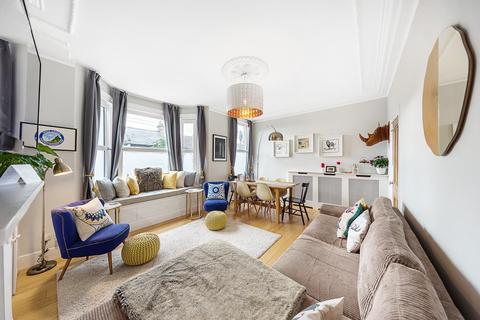 3 bedroom maisonette for sale - Sandmere Road, SW4