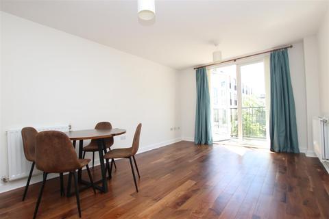 2 bedroom flat to rent - Palladian, Victoria Bridge Road, Bath, BA2