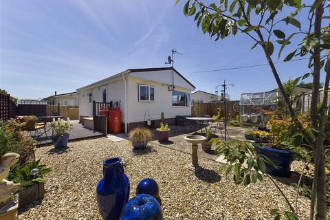 2 bedroom mobile home for sale - Hayden Court Park, Cheltenham, Gloucestershire
