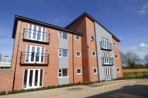 2 bedroom apartment to rent - Summer Crescent, Beeston, Nottingham, NG9  2JN