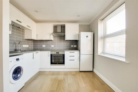 2 bedroom flat to rent - Oakfields Road, West Bridgford, Nottinghamshire, NG2 5DN