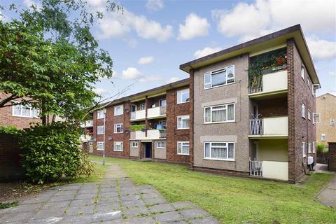 2 bedroom flat for sale - Gravel Walk, Rochester, Kent