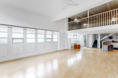 Property to rent - Curzon Road, London, W5