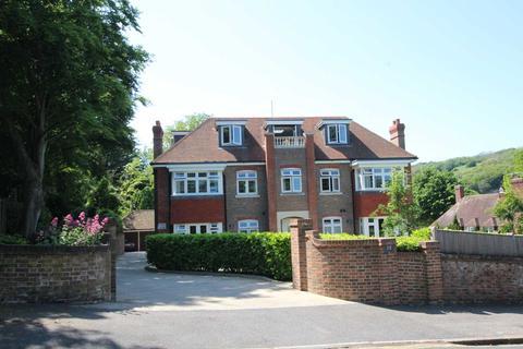 3 bedroom penthouse for sale - Carlisle Road, Eastbourne, BN20 7UD