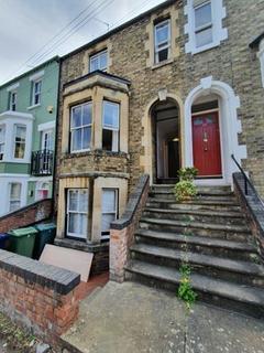 2 bedroom flat to rent - Western Road