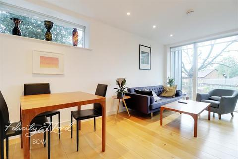 2 bedroom flat to rent - Sotherby Court, Victoria Park, E2