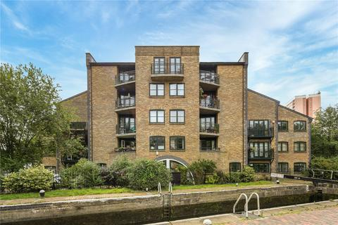2 bedroom flat for sale - Hertford Lock House, 201 Parnell Road, Bow, London, E3