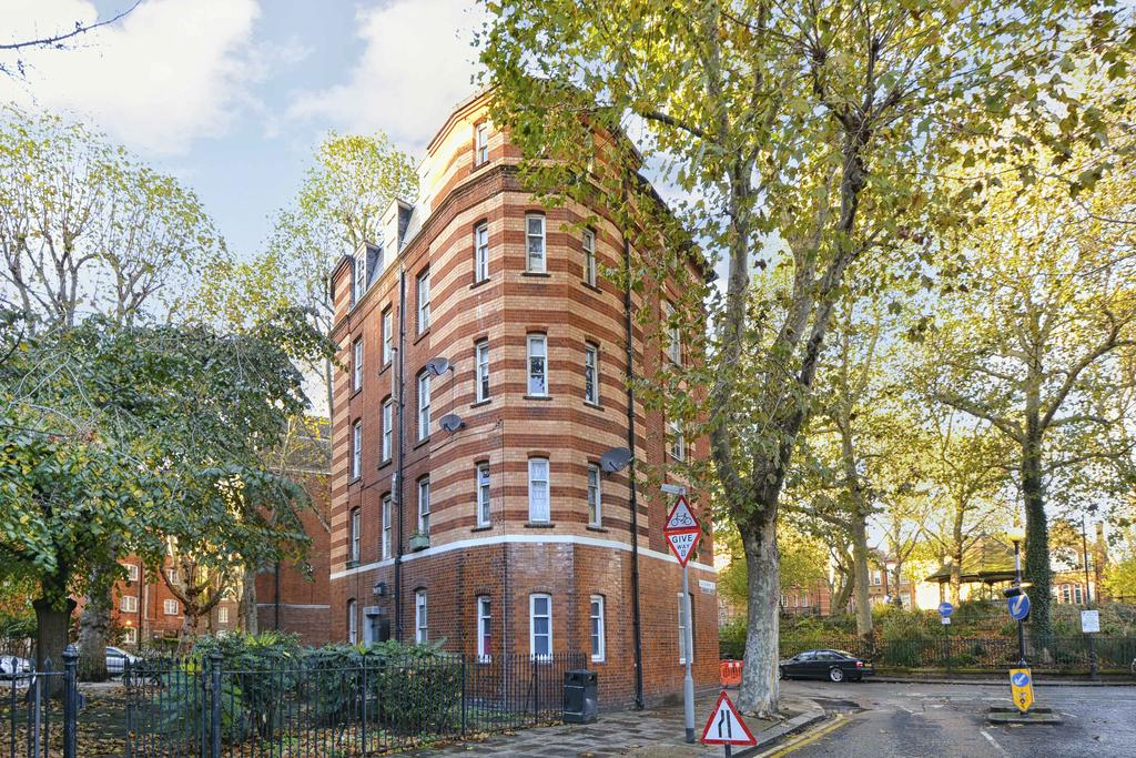 Sandford Buildings Arnold Circus London 2 Bed Flat 2817 Pcm
