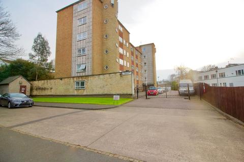 1 bedroom flat to rent - Hollybank Court, 193 London Road, Stoneygate, Leicester LE2 1NE