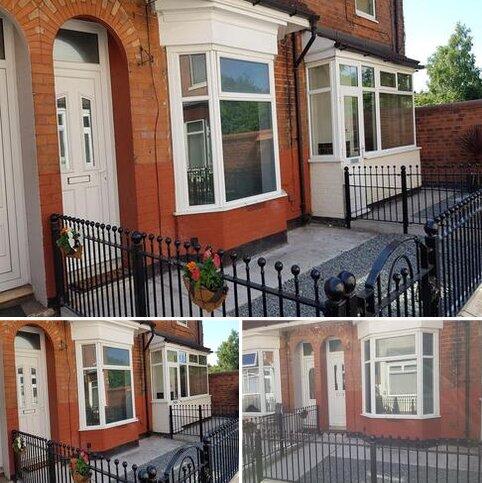 3 bedroom terraced house to rent - Leura Grove, Tyne Street, Hull HU3