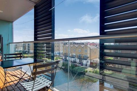 1 bedroom flat for sale - 22 Copperfield Road, London, London, E3 4RL