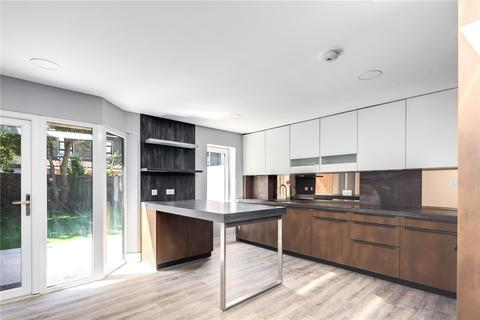 4 bedroom end of terrace house for sale - Kingsley Road, Forest Gate, London, E7