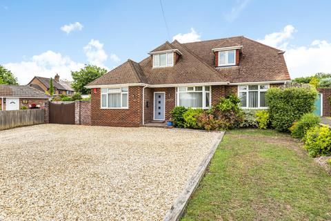 4 bedroom detached house for sale - Mount Close, Winchester, SO22