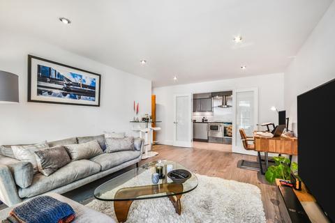 2 bedroom apartment for sale - St. George Wharf Nine Elms SW8