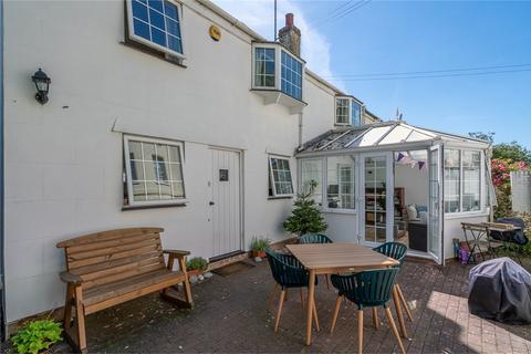 3 bedroom semi-detached house for sale - Wellington Square, Cheltenham
