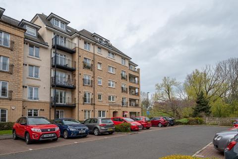 3 bedroom flat to rent - Powderhall Rigg, Powderhall, Edinburgh, EH7