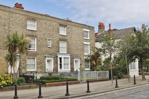 4 bedroom townhouse for sale - Old Commercial Road, Portsmouth