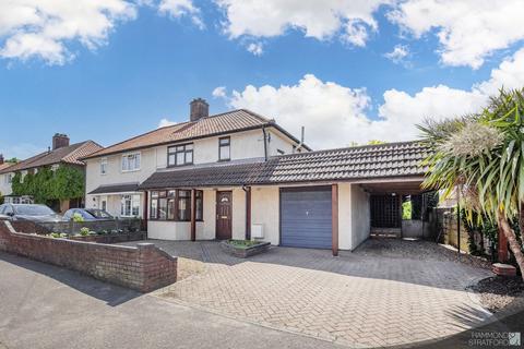3 bedroom semi-detached house for sale - Glenburn Avenue, Norwich