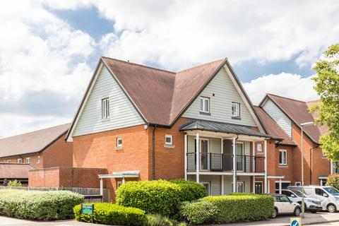 4 bedroom end of terrace house for sale - Holmesdale Avenue, Redhill