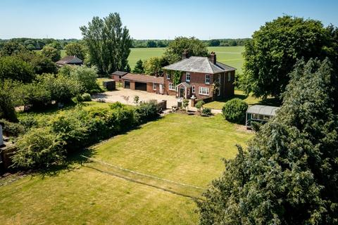 4 bedroom farm house for sale - Badley Moor
