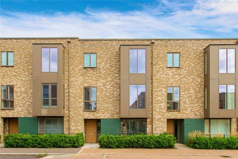 4 bedroom terraced house for sale - Knightly Avenue, Cambridge, CB2