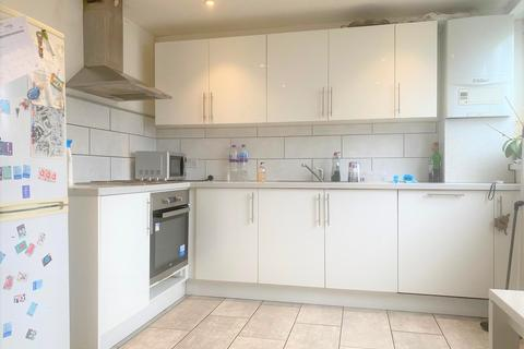 4 bedroom terraced house to rent - Audley House, Campsbourne Road, London, N8