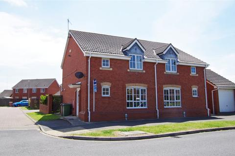 3 bedroom semi-detached house for sale - Cromwell Road, Hedon, Hull, HU12