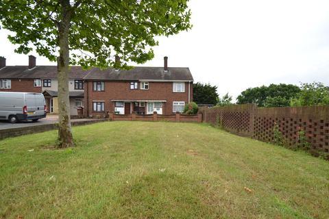 3 bedroom end of terrace house for sale - Manor Road, Dagenham