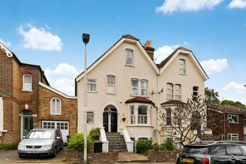 1 bedroom apartment to rent - Tavistock Road, South Woodford
