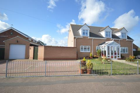 3 bedroom detached house for sale - Fremantle Road, Great Yarmouth