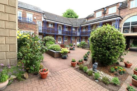 1 bedroom ground floor flat for sale - Avenue Court, Westgate, Bridlington