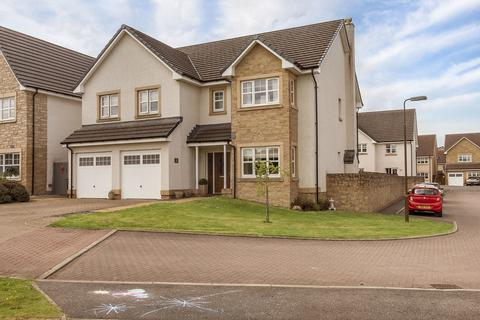 5 bedroom detached house for sale - James Young Road, Bathgate