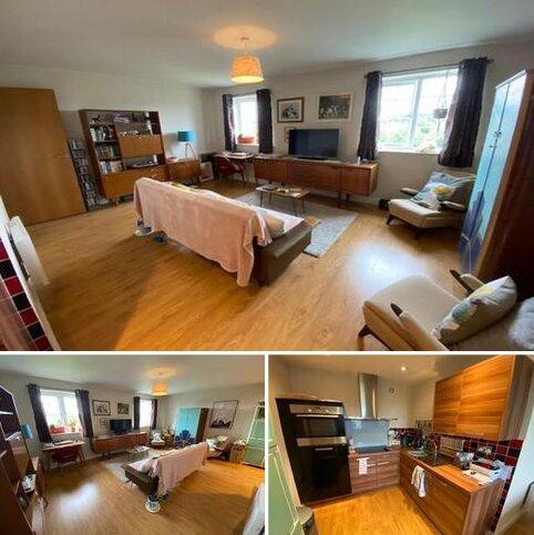 1 bedroom flat to rent - Russett House, Birch Park