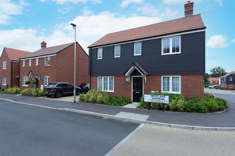 3 bedroom detached house for sale - Westlake Gardens, Bramley, Tadley, RG26