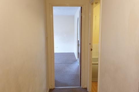 1 bedroom flat for sale - Scotland Green Road, Enfield, Greater London, EN3
