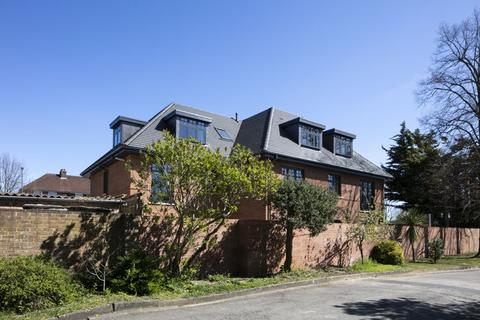 2 bedroom apartment for sale - The Broadway, Thames Ditton