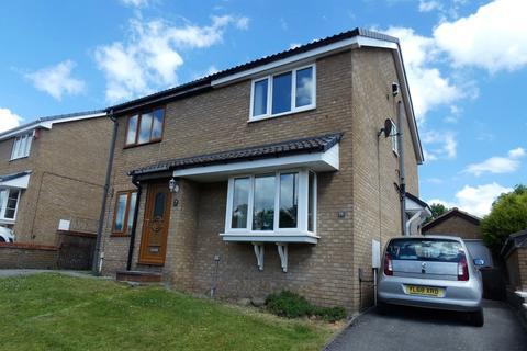 2 bedroom semi-detached house for sale - Lloyds Drive, Low Moor, Bradford, BD12