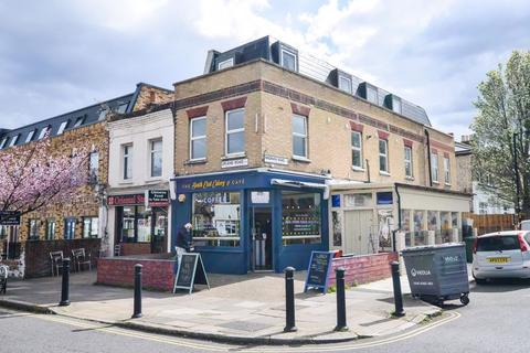 Studio to rent - Upland Road, East Dulwich SE22