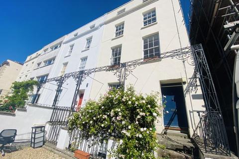 2 bedroom apartment to rent - West Park, Bristol