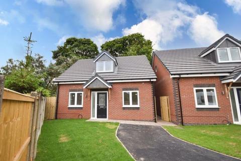 3 bedroom detached bungalow for sale - Cheltenham Grove, Silverdale, Newcastle Under Lyme