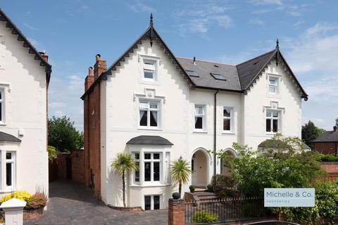 5 bedroom semi-detached house for sale - Wentworth Rd, Harborne/Traditional 5 bed