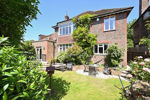 4 bedroom detached house for sale - The Upper Drive, Hove